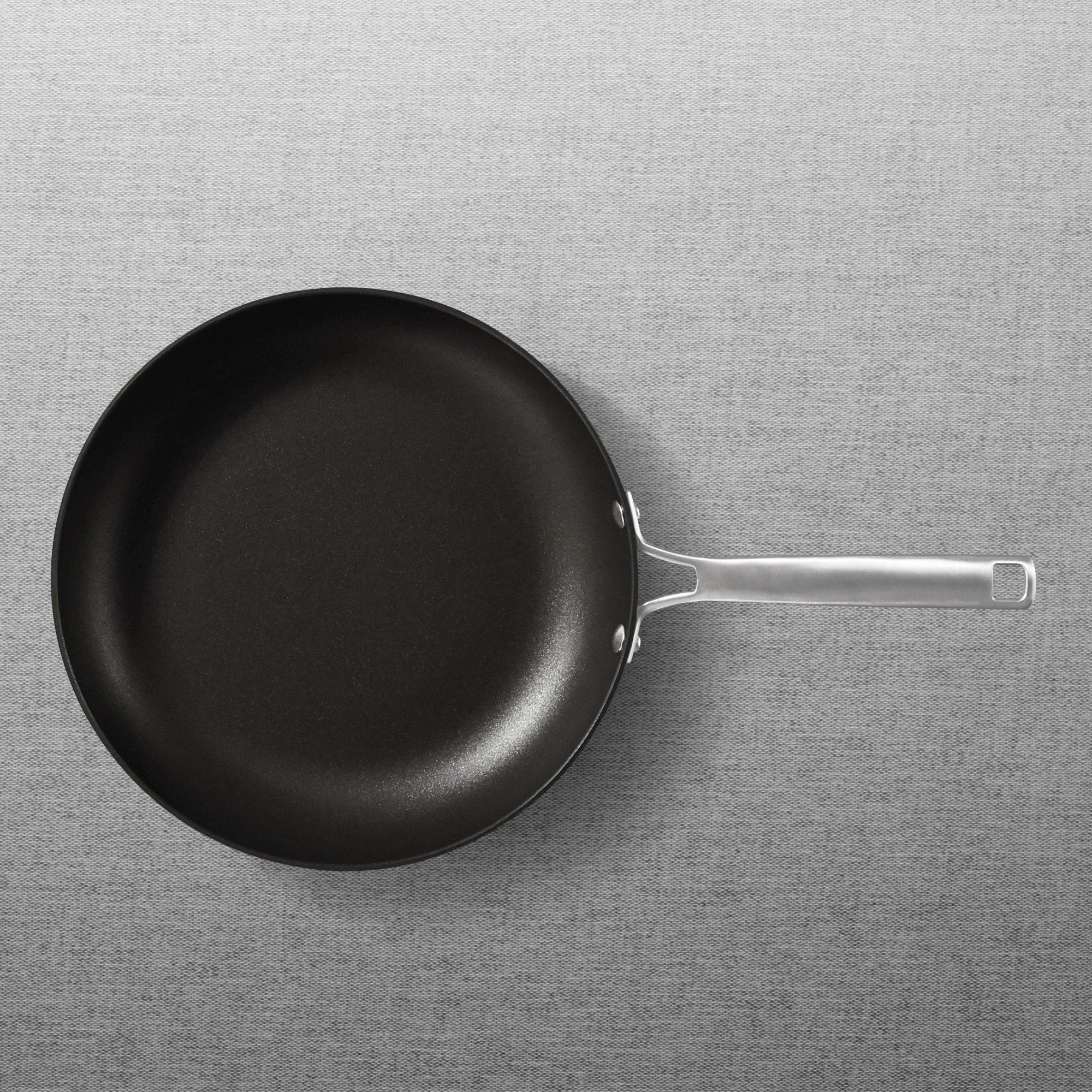 skillets fry pans. Black Bedroom Furniture Sets. Home Design Ideas