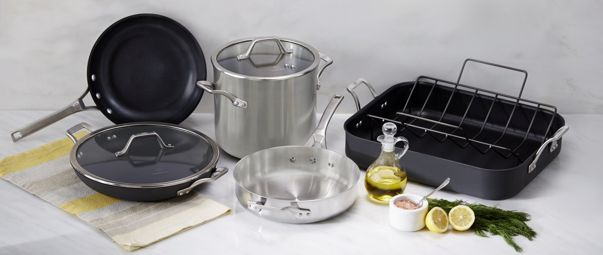 Calphalon Signature Nonstick 12 In Omelette Pan With Cover