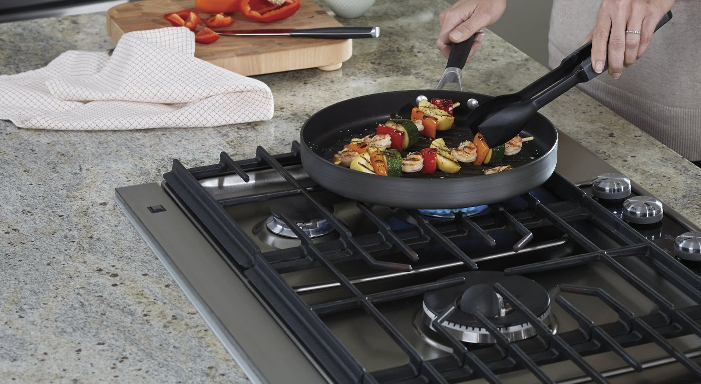 Cookware gt see more select by calphalon ceramic nonstick 8 inch an - Select By Calphalon Nonstick Ceramic Nonstick And Stainless Steel Cookware Designed For Effortless Meal Preparation