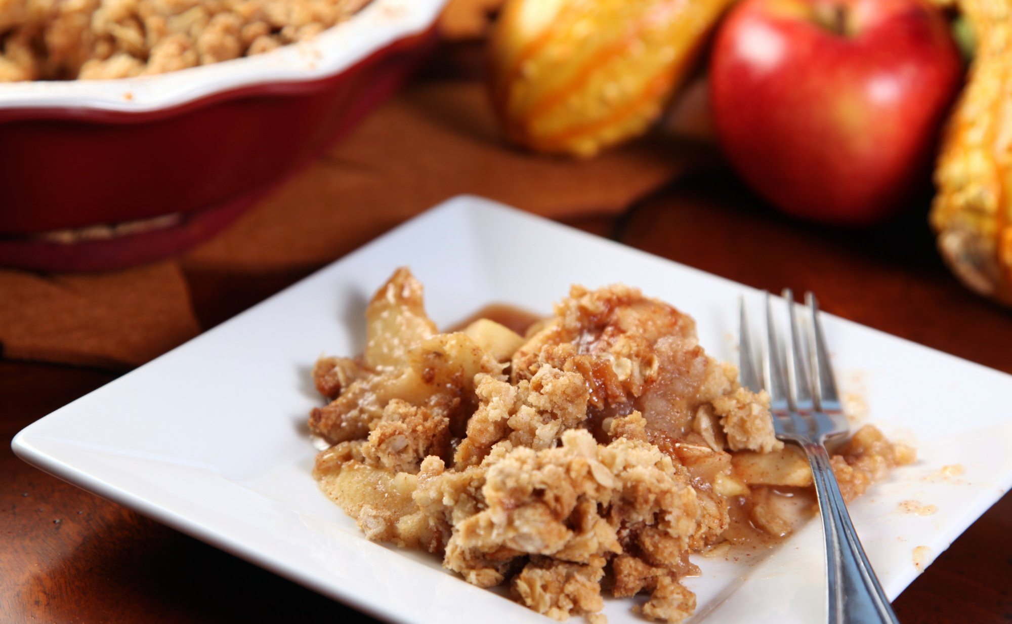 apple_cheese_crumble_crop