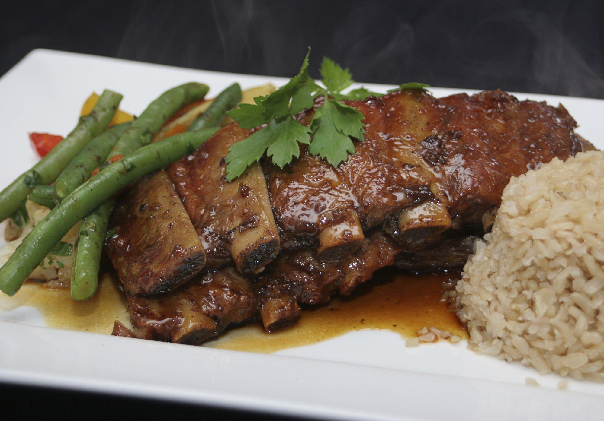 Papaya Hoisin Braised Beef Short Ribs | CalphalonUSAStore