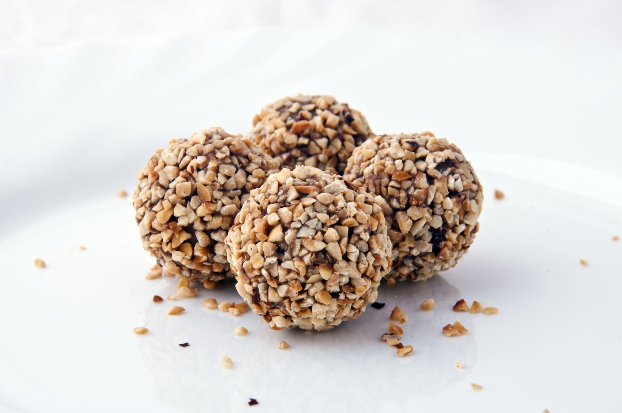 choc_truffles_rolled_in_nuts