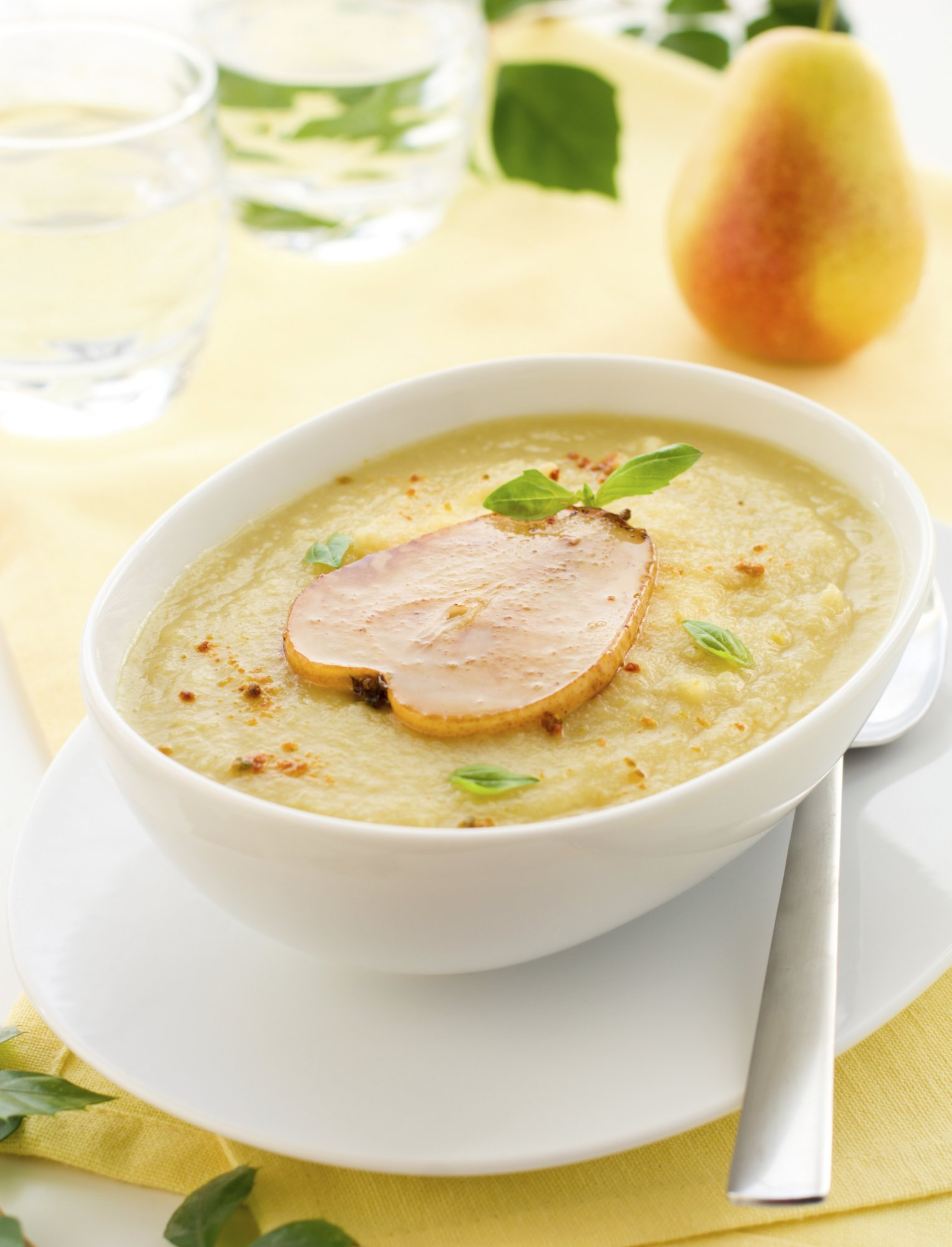 parsnip_pear_soup_crop