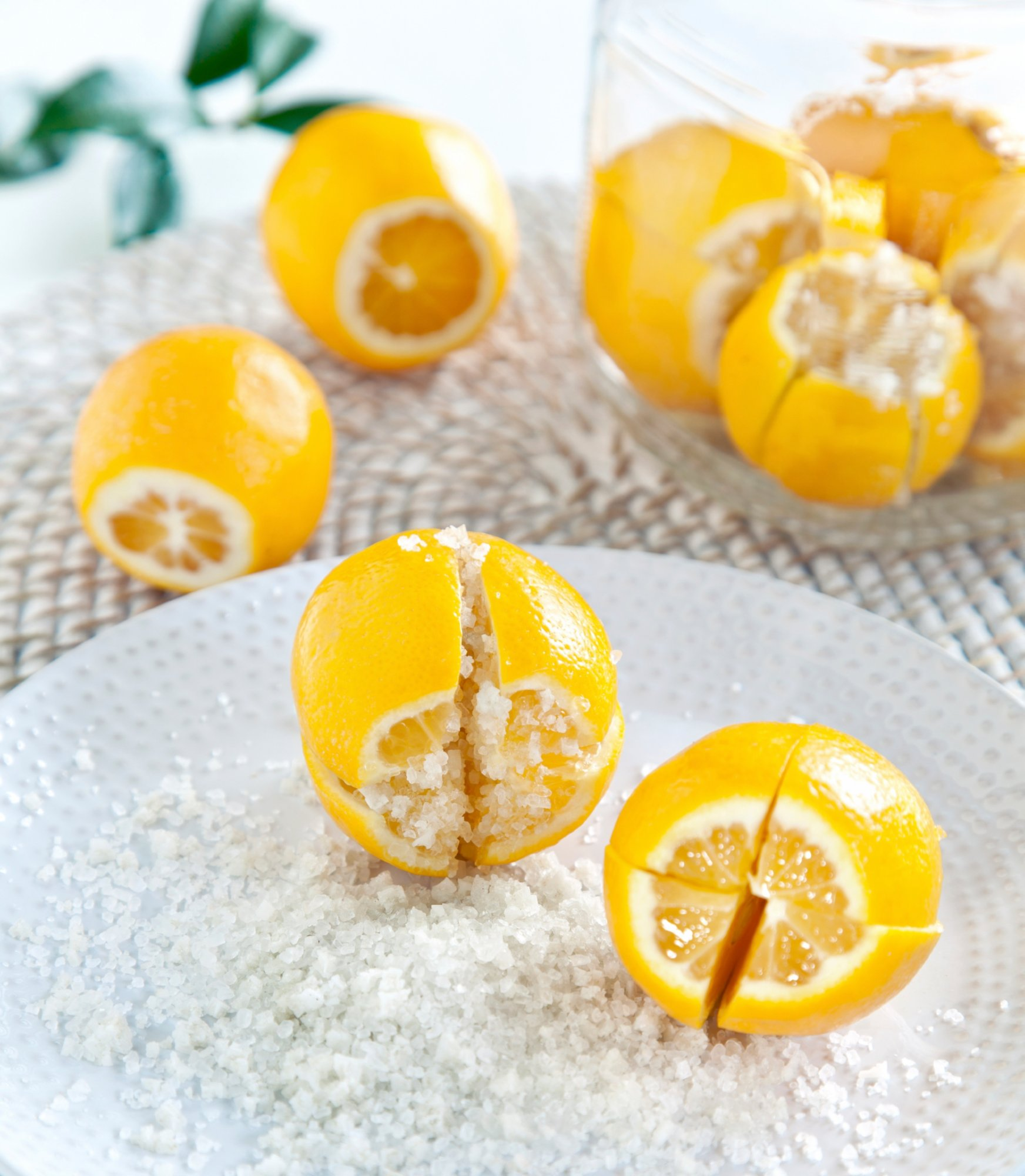 preserved_lemons_with_salt_crop