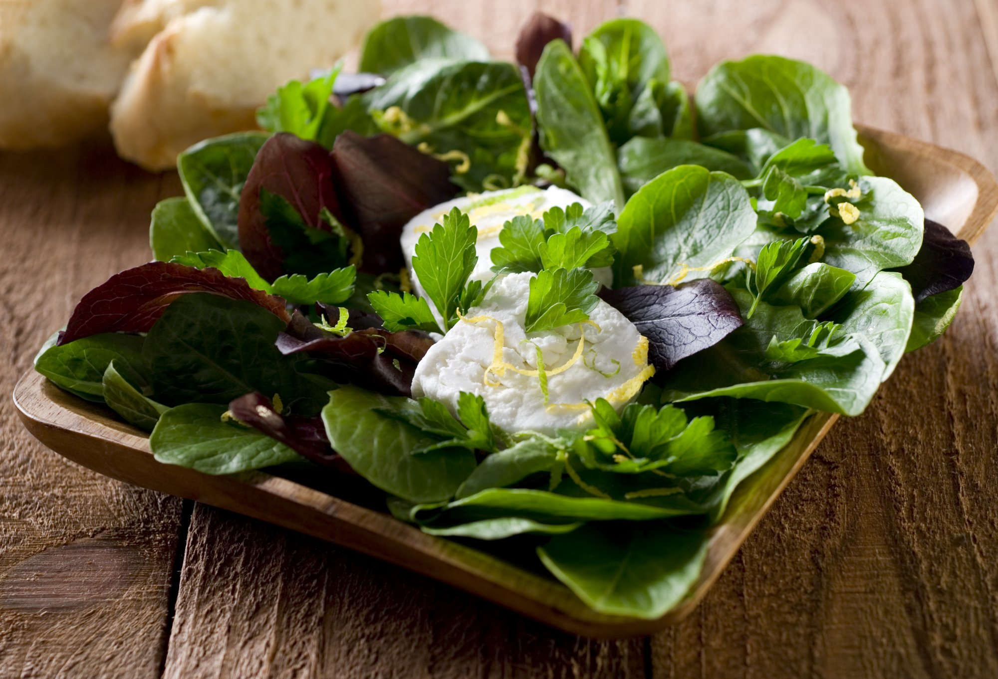 salad_with_goat_cheese