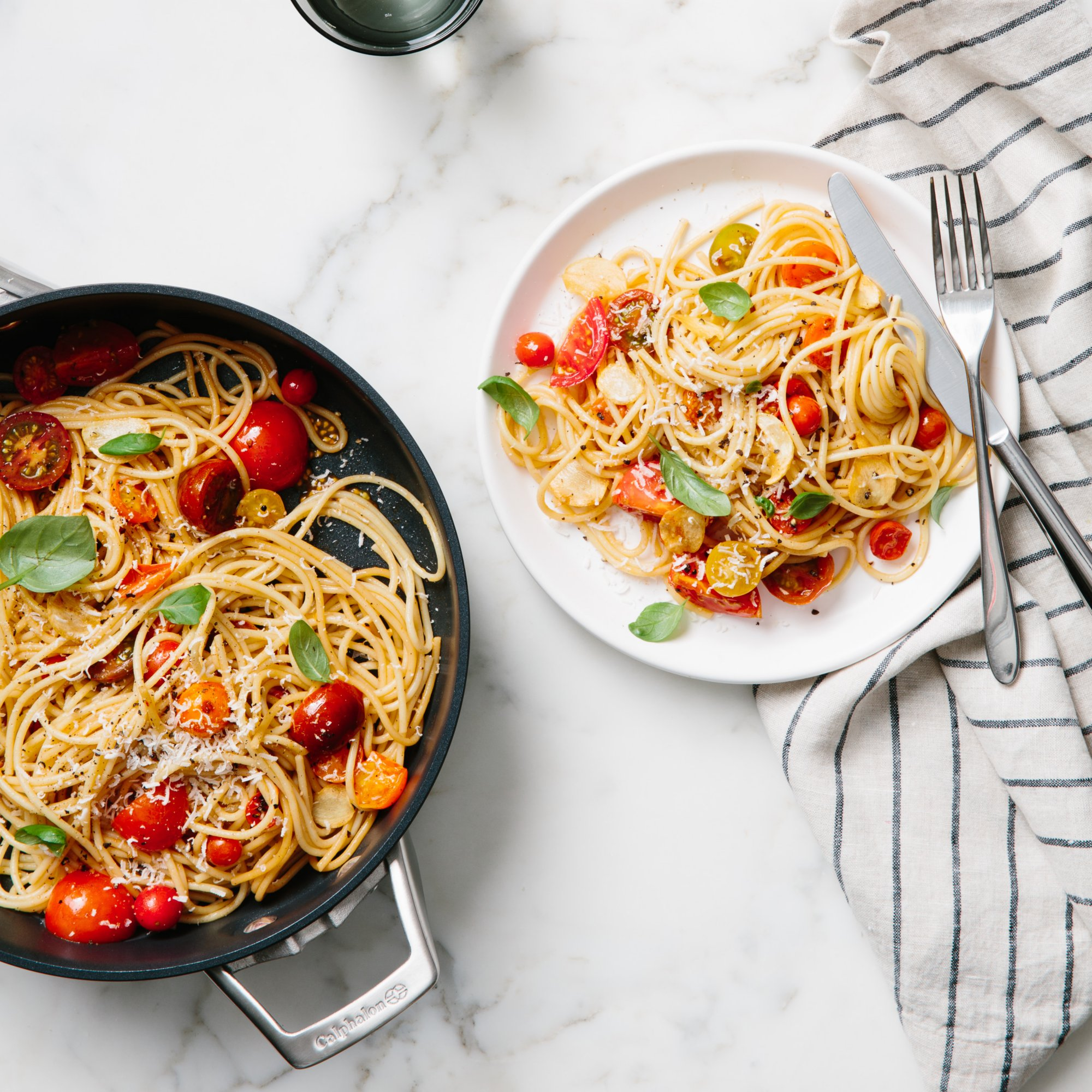 Spaghetti with Fresh Summer Tomato Sauce and Basil