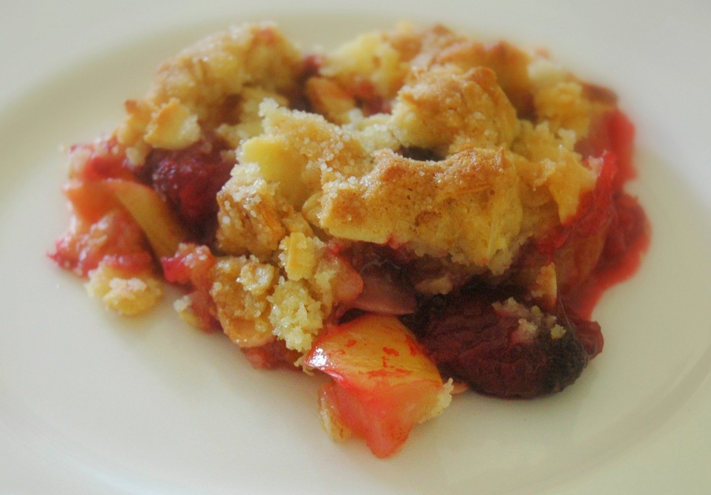 apple_cranberry_crumble_crop