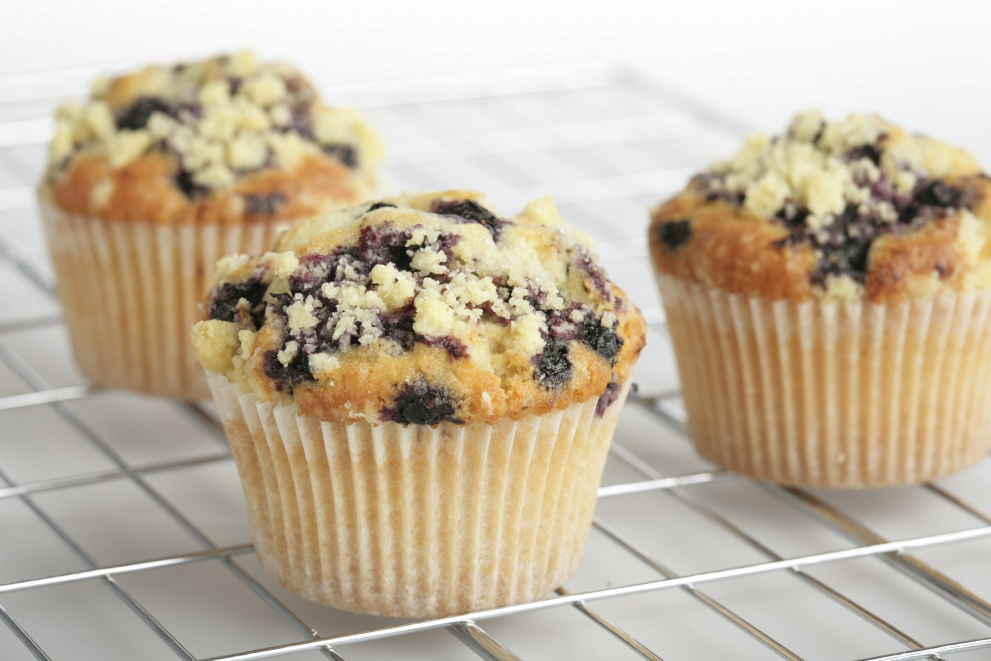 blueberry_streusel_muffins