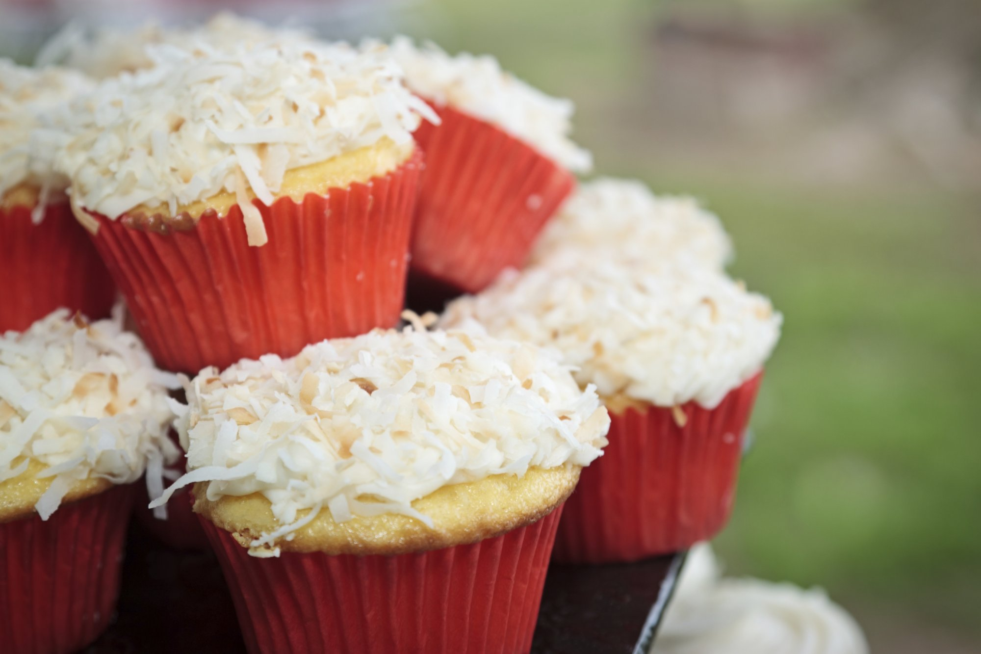 coconut_lime_cupcakes