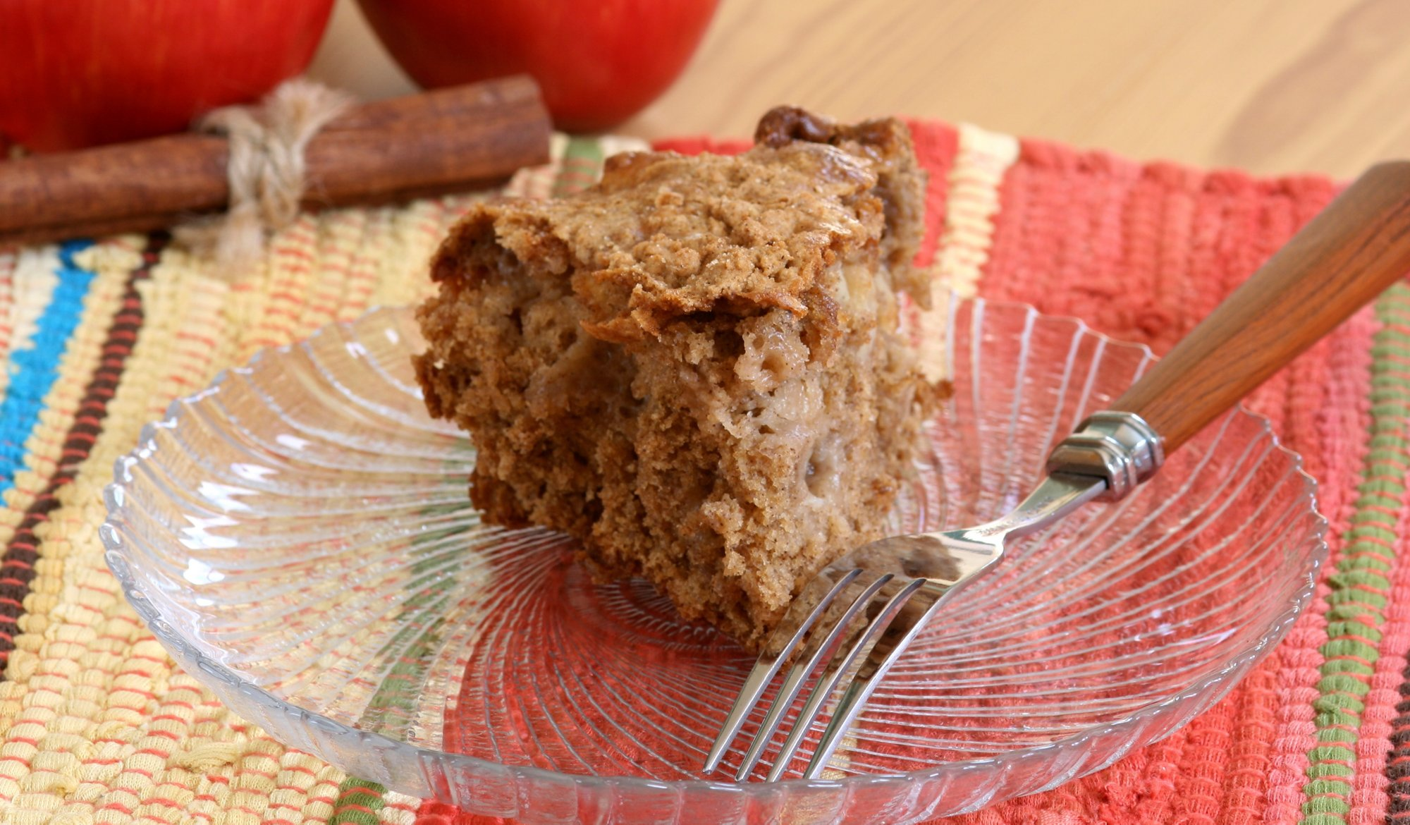 coffee_cake_apple_cinnamon_crop