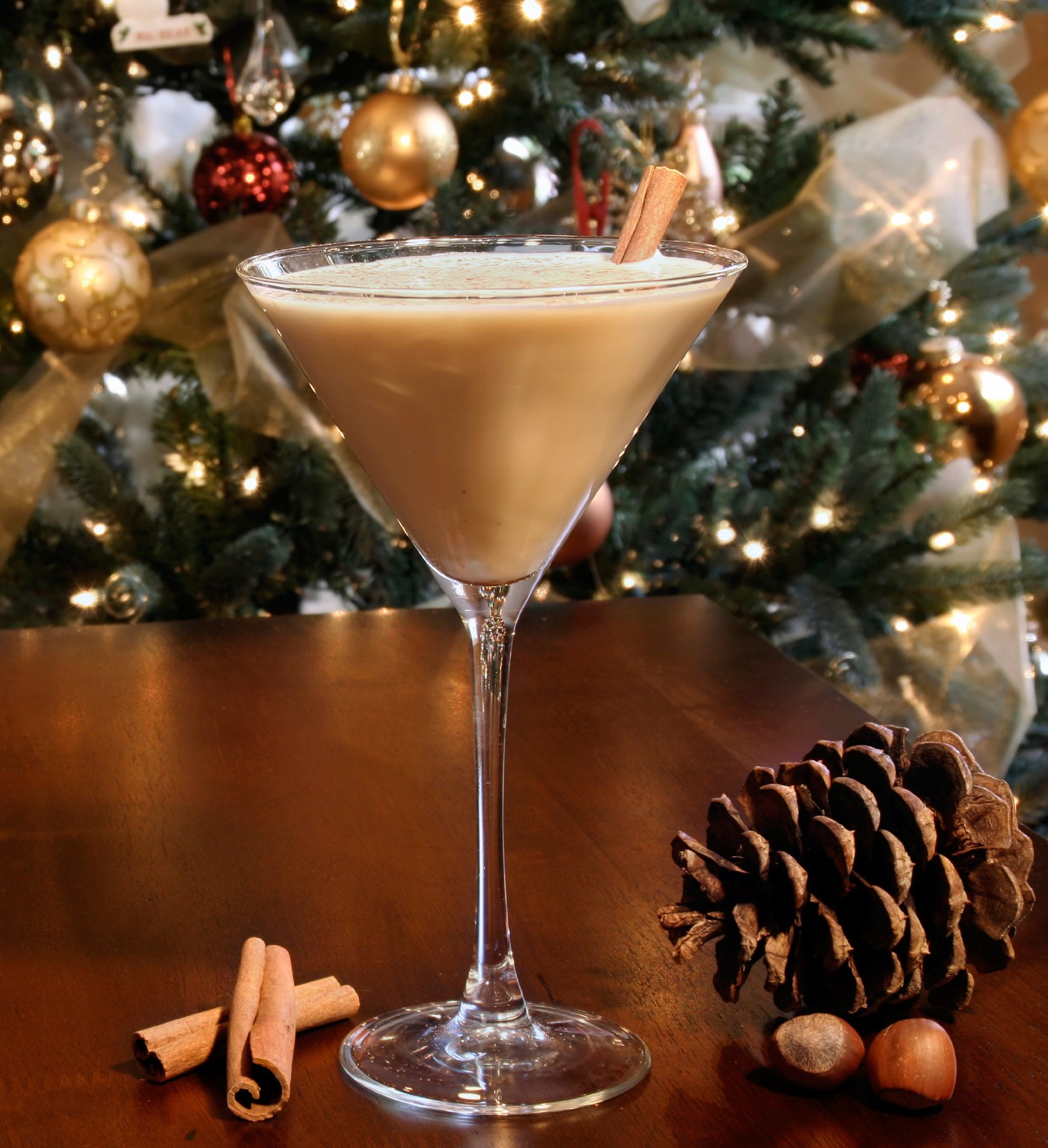 holiday_cinnamon_martini_crop