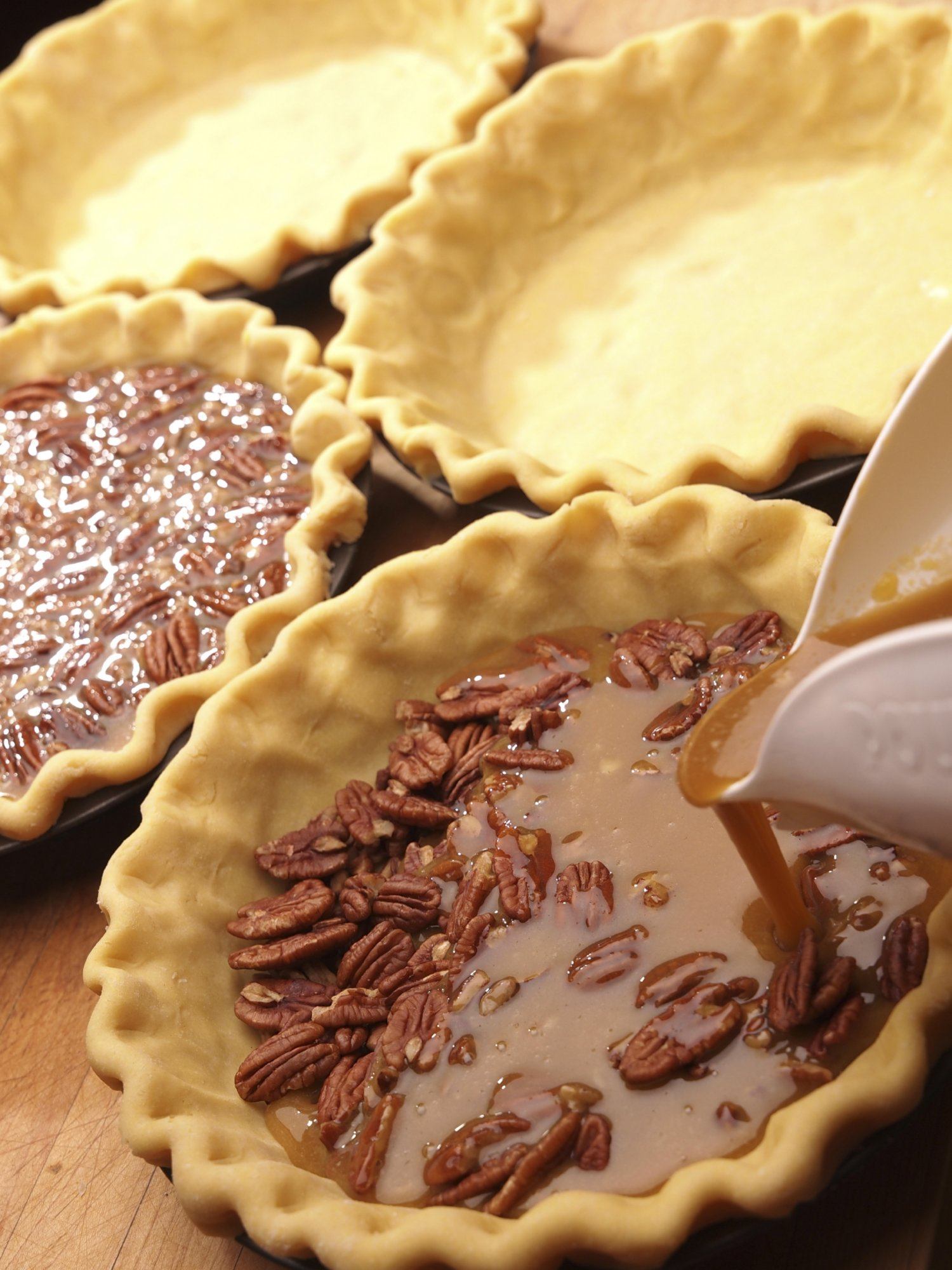 pecan_pie_making